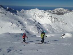 Ski de randonnée à Asco