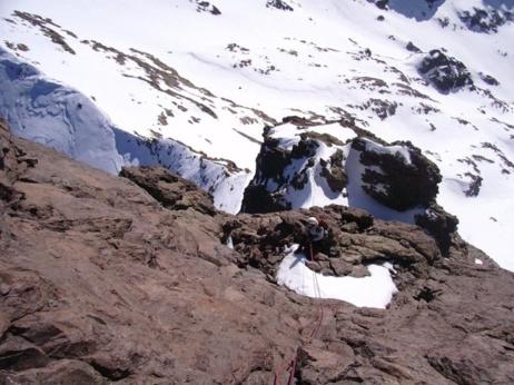 Dans les longueurs final sous le sommet Est.